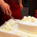 Detailný záber na svadobnú tortu.